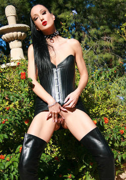 fetish liza galleries 14